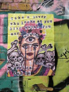 גרפיטי של פרידה קאלו בשורדריץ